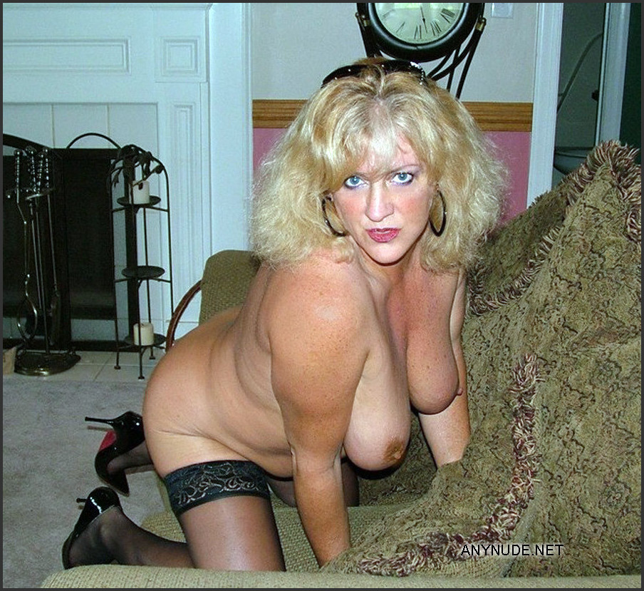 nude Mature ex wives